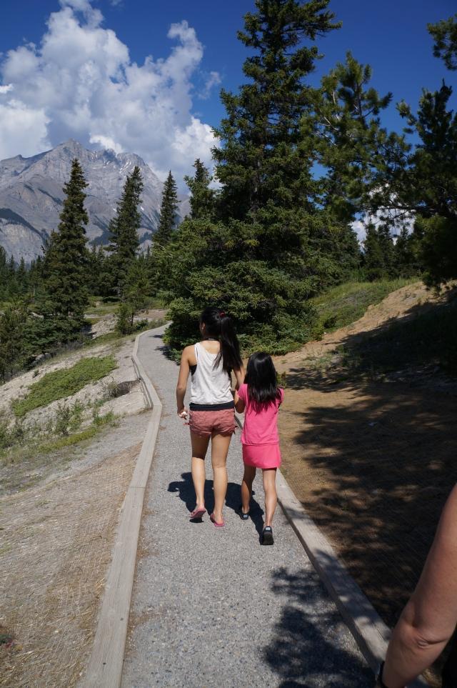 Cousins hiking in Banff - Davidicus Wong