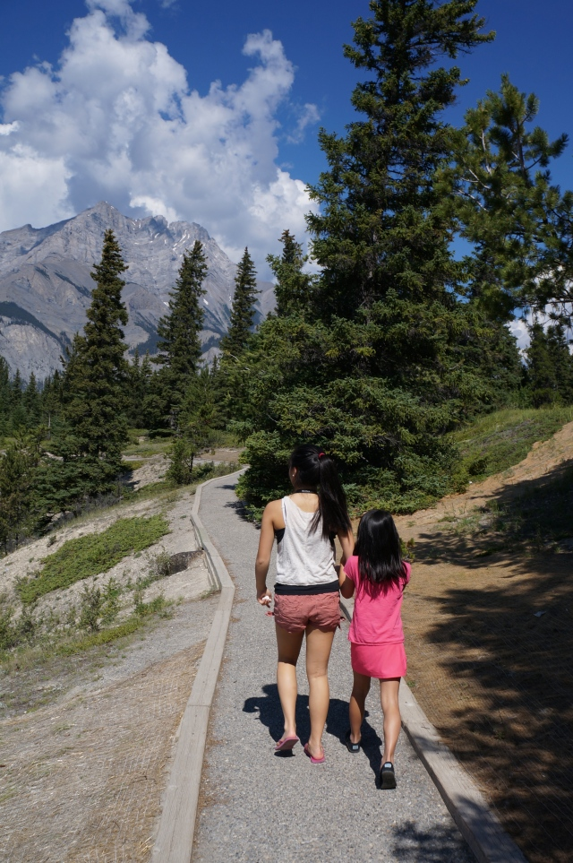 Cousins hiking in Banff - Davidicus Wong