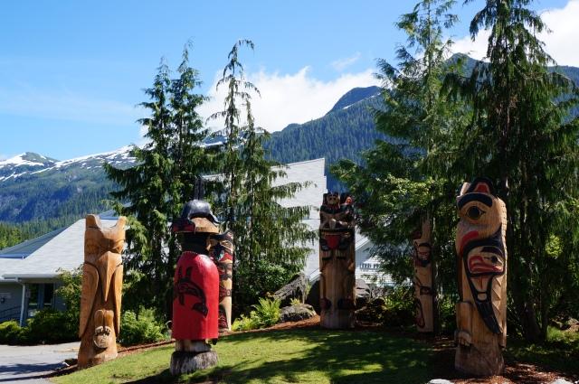 Totems in Alaska - Davidicus Wong
